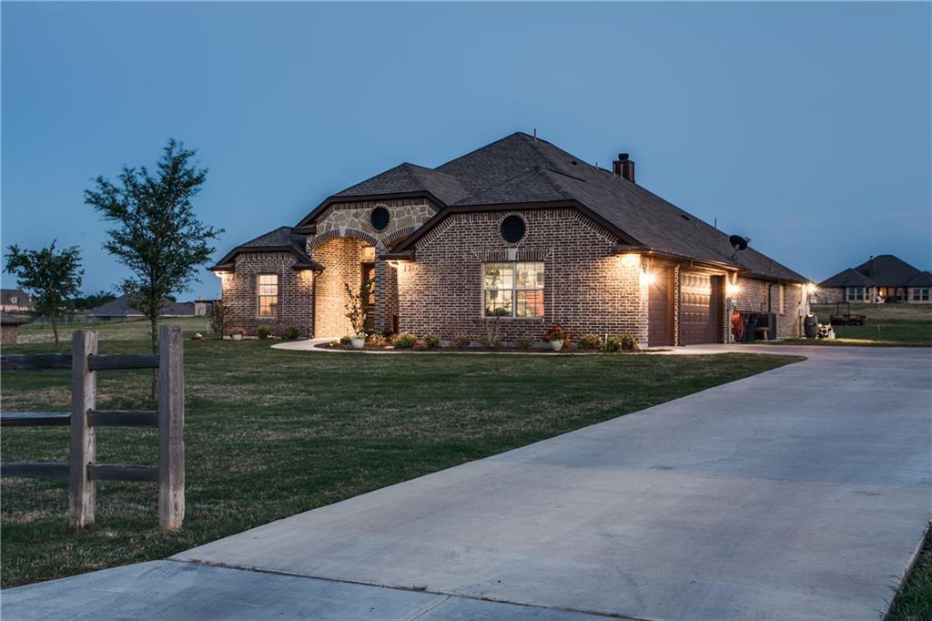 9009 County Road 915, Godley, Texas 76044