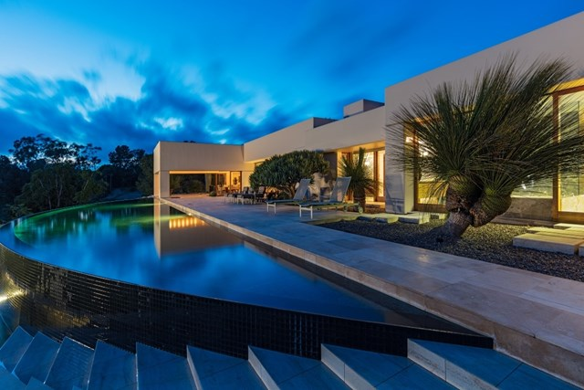 16528 Los Barbos, Rancho Santa Fe, CA 92067