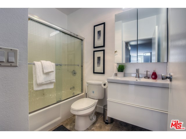 1440 Alta Vista Unit 303, Los Angeles, CA 90046