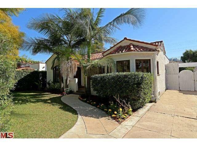 8704 ASHCROFT Avenue, West Hollywood, CA 90048