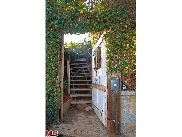 2431 GOWER Street, Los Angeles, CA 90068