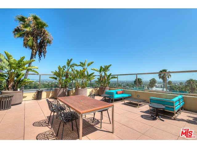 7950 SUNSET Unit 515, West Hollywood, CA 90046