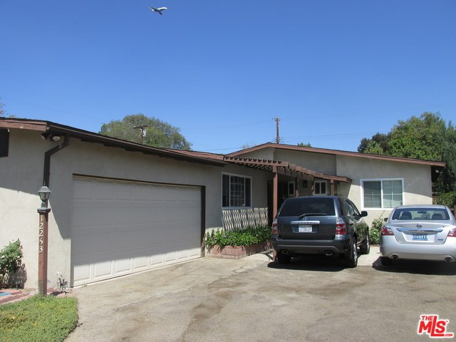 12253 DEHOUGNE Street, North Hollywood, CA 91605