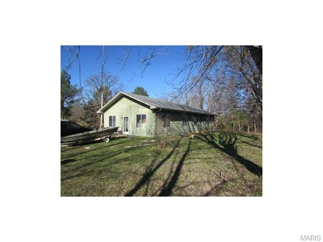 18989 Highway H, Elk Creek, MO 65464