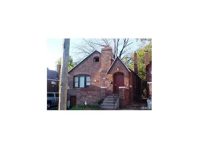 6120 Bircher Street, St Louis, MO 63120