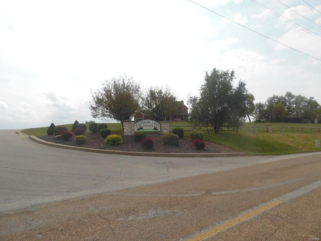 132 Rainbow Lake Drive , Villa Ridge, MO 63089