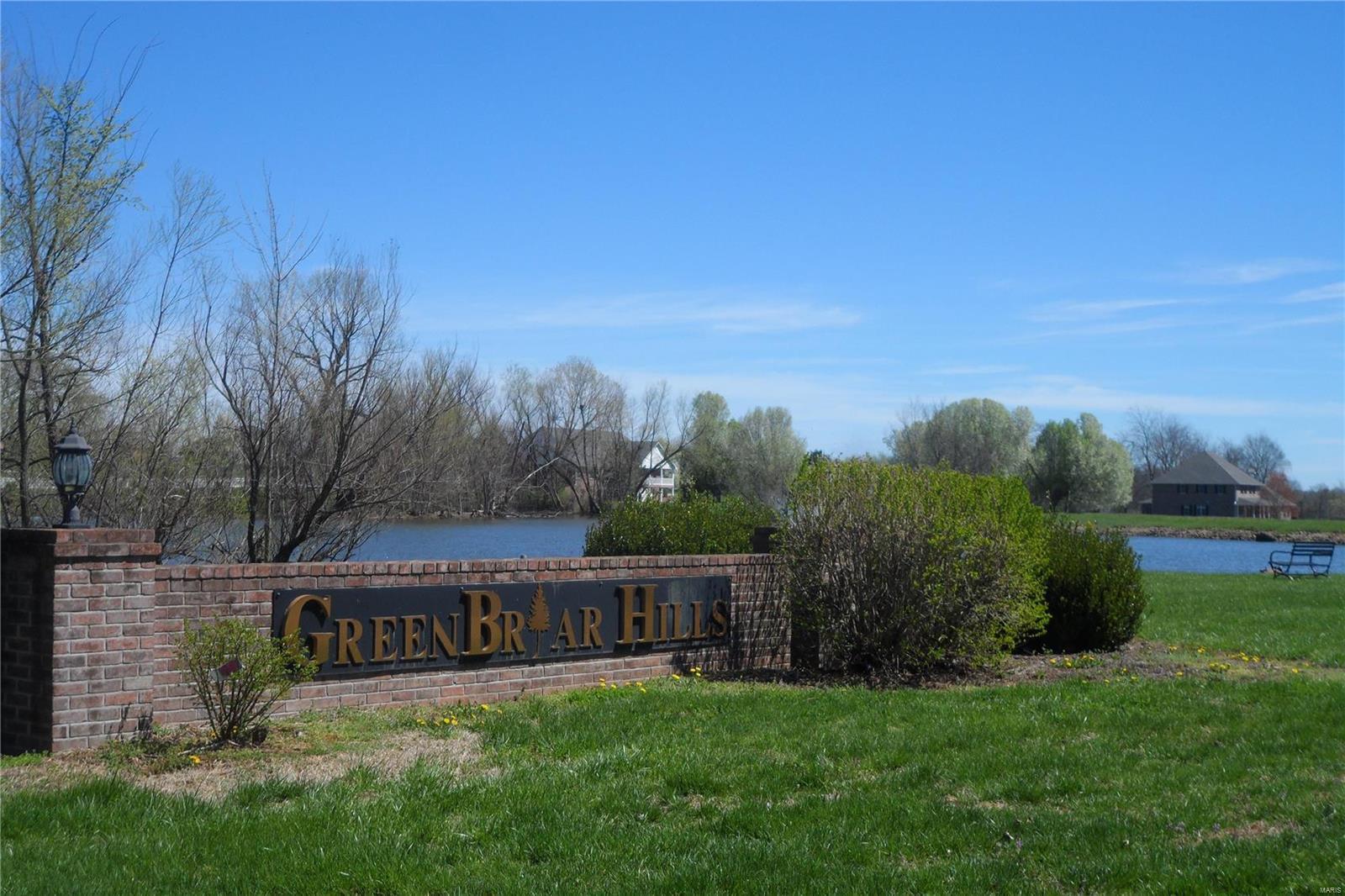 35 Green Briar Drive , Farmington, MO 63640